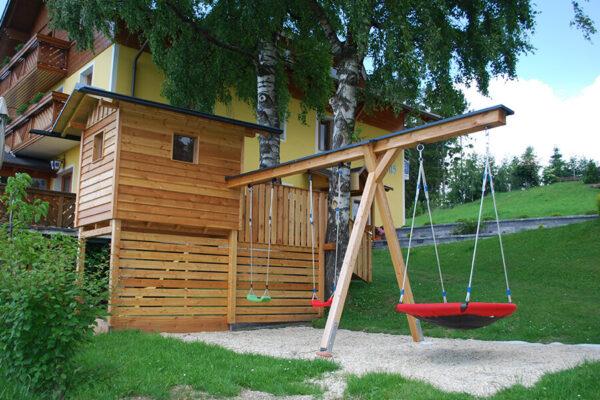 Langhanshof Spielplatz (1)